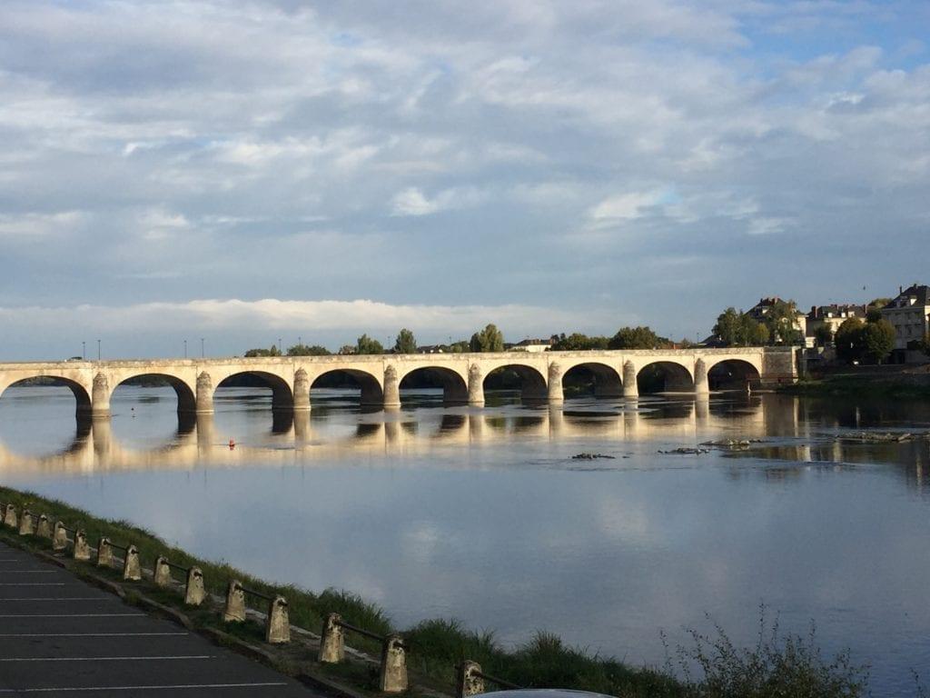 Le pont de Saumur sur Loire